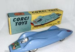 Corgi No 153a Proteus Campbell Bluebird Record Car