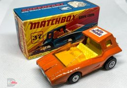 MATCHBOX Superfast 37B Scoopa Coopa ORANGE / Jaffa Mobile Label / Amber Window / Yellow Interior / Unpainted Base / Made in England