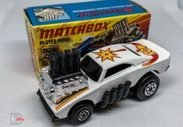 MATCHBOX Superfast 48B White Lightning/Pi-Eyed Piper White / POW Tempa