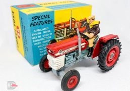 Corgi 66 Massey Ferguson 165 Tractor