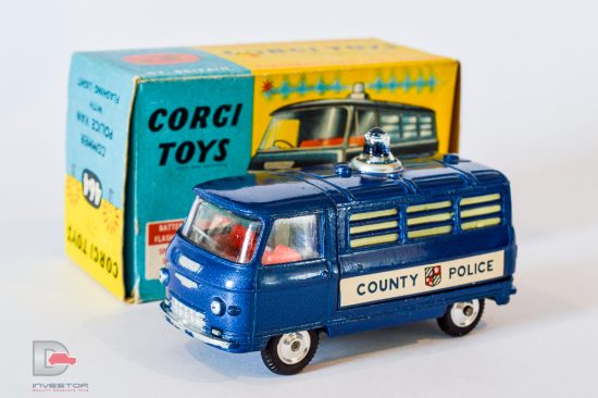 """Corgi No.464 Commer """"County Police"""" - mid blue, red interior, blue battery operated roof-light, spun hubs - Excellent nice bright example in generally Excellent plus blue and yellow carded picture box."""