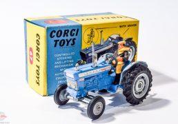 Corgi No.67 Ford 5000 Super Major Tractor