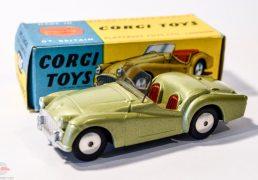 Corgi No.305 Triumph TR3 Sports Car