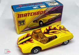 MATCHBOX Superfast 33B Datsun 126X Yellow / Flame Tempa / Dark Amber Windows