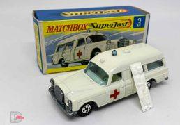 Matchbox Superfast 3a Mercedes Benz Binz Ambulance