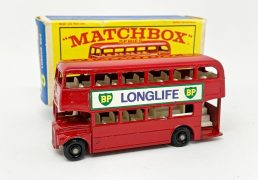 """Matchbox Regular Wheels 5d London Routemaster Bus """"BP Longlife"""" - Excellent Plus with some very minor paint loss in Excellent to Excellent Plus scarce type E3 box."""