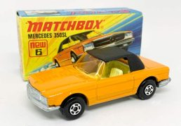 "Matchbox Superfast 6b Mercedes 350SL - dark orange body with black roof, light amber windscreen, pale yellow interior, bare metal base, 5-spoke wide wheels - Near Mint in Excellent ""New"" type I box."